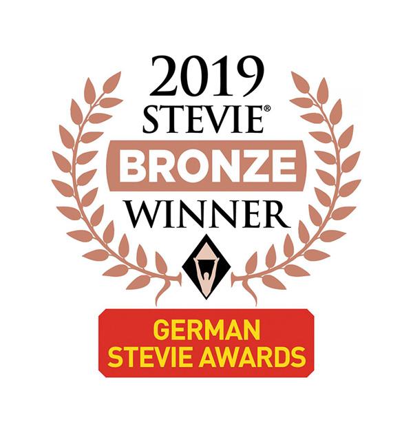 Der Bronze Stevie Award ging an den Film #ofenhelden, den Lorenz & Company für seinen Kunden AdK erstellte.
